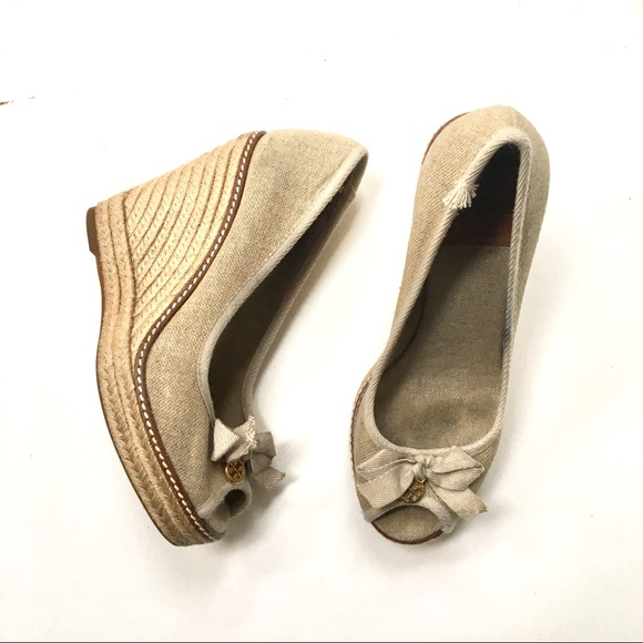 b3cac3d0674 Tory Burch Jackie Gold Canvas Espadrille Wedge 8.5